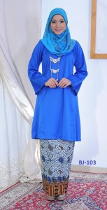 bj103 baju kurung pahang kain batik lipat biru royal blue