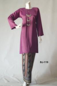 bj119 baju kurung pahang kain batik lipat purple ungu manggis